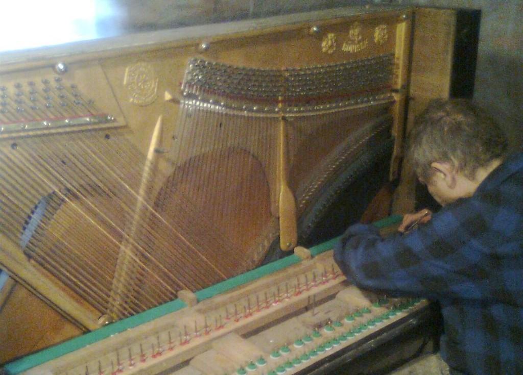 настройка пианино Харьков